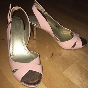 Bandolina two-color heels